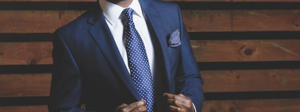 How to Combine Pocket Square Colour with Tie Colour