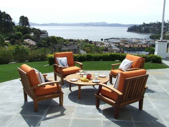Things to know before buying outdoor teak furniture